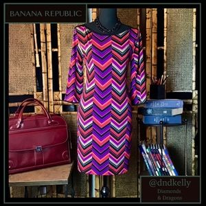 Beautiful Chevron Print Shift w/ 3/4 Length Sleeve